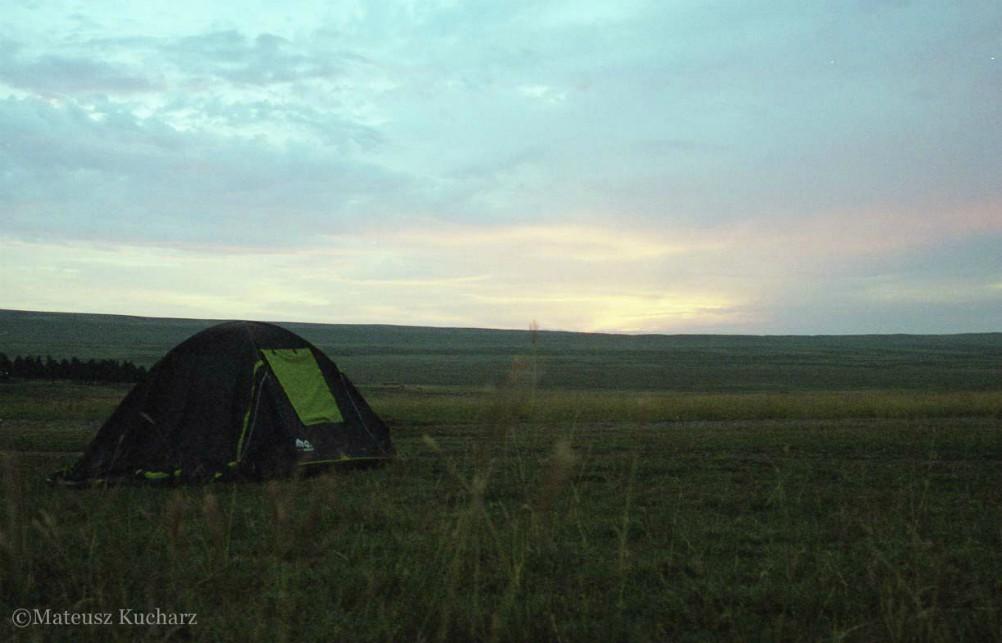 Gruzja Udabno camping off road namiot