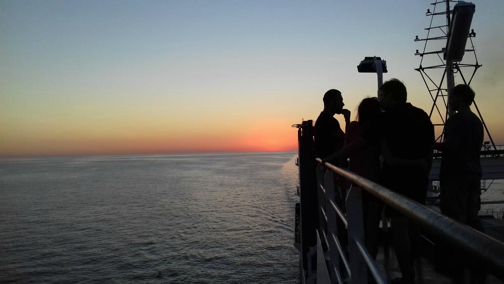 Morze Czarne UKR Ferry prom Greifswald zachod slonca
